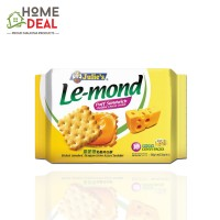 Julie's Le-mond Puff Sandwich Cheddar Cheese Cream 180g (茱莉雷蒙德奶酪夹心饼)